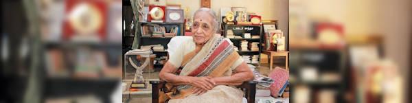 Dr. Shanta Turns 90!